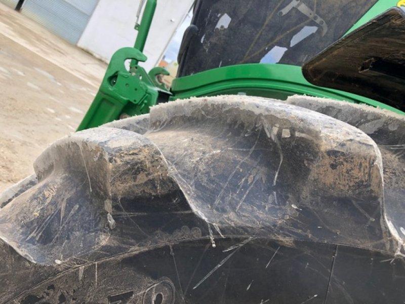 Traktor типа John Deere 6230R, Gebrauchtmaschine в ORSONVILLE (Фотография 8)