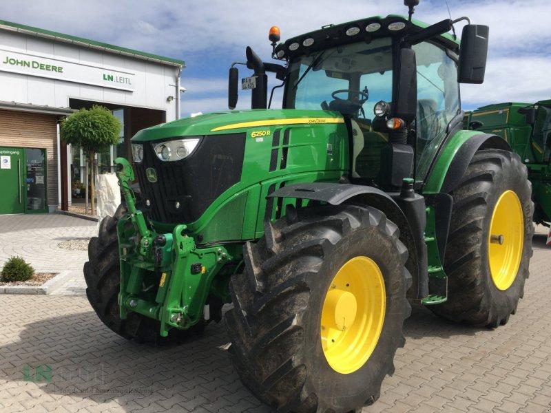 Traktor типа John Deere 6250R AutoPowr CommandPro, Gebrauchtmaschine в Eggenfelden (Фотография 1)