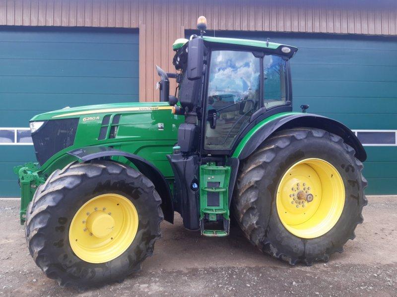 Traktor типа John Deere 6250R, Gebrauchtmaschine в Pfullendorf (Фотография 1)