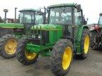 Traktor des Typs John Deere 6300 en Logroño la Rioja