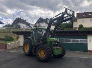 Traktor типа John Deere 6310 A Allrad Frontlader Druckluft TÜV, Gebrauchtmaschine в Niedernhausen
