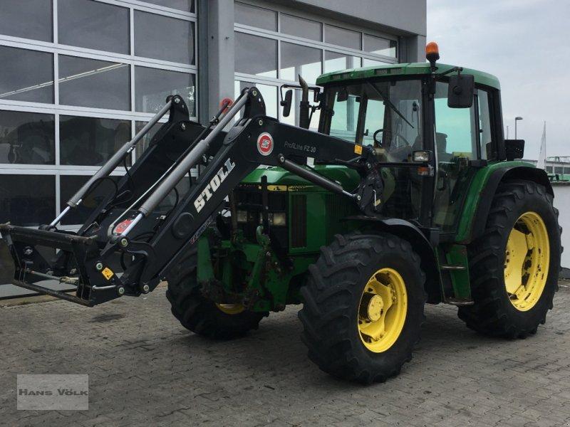 Traktor des Typs John Deere 6310, Gebrauchtmaschine in Eggenfelden (Bild 1)