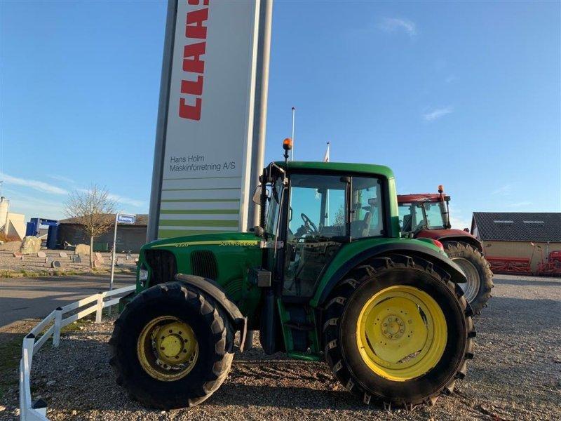 Traktor типа John Deere 6320  AutoQuad M/ nyere Hauer frontlæsser, Gebrauchtmaschine в Tinglev (Фотография 1)