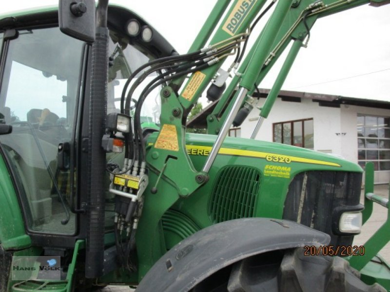 Traktor des Typs John Deere 6320  Premium, Gebrauchtmaschine in Soyen (Bild 3)