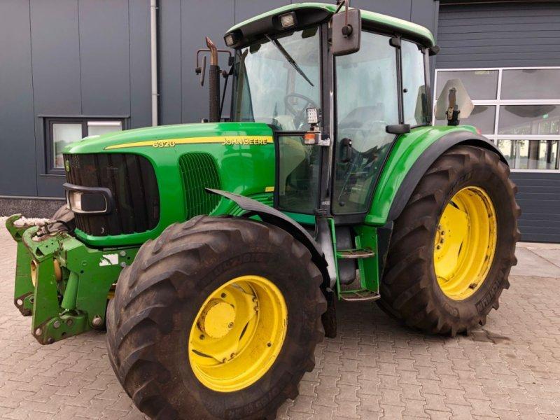 Traktor типа John Deere 6320 SE, Gebrauchtmaschine в Coevorden (Фотография 1)