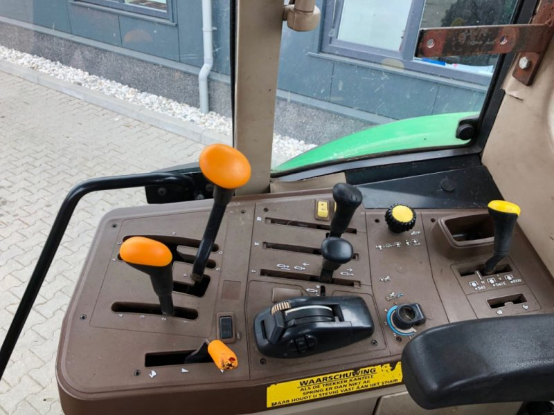 Traktor типа John Deere 6320 SE, Gebrauchtmaschine в Coevorden (Фотография 7)