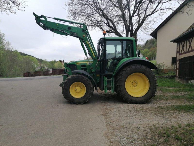 Traktor des Typs John Deere 6330 Premium, Gebrauchtmaschine in Donaueschingen (Bild 1)
