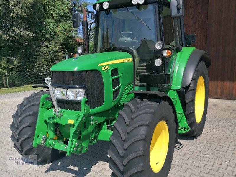 Traktor des Typs John Deere 6330 Premium, Gebrauchtmaschine in Moosthenning (Bild 1)
