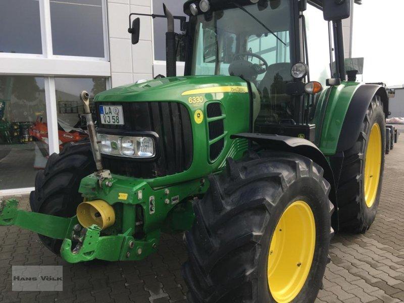 Traktor des Typs John Deere 6330 Premium, Gebrauchtmaschine in Eching (Bild 1)
