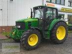Traktor des Typs John Deere 6330 in Barsinghausen OT Gro