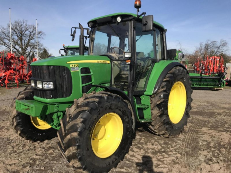 Traktor des Typs John Deere 6330, Gebrauchtmaschine in Marxen (Bild 1)
