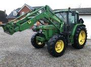 Traktor типа John Deere 6400 med frontlæsser, Gebrauchtmaschine в Nørager