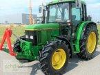 Traktor des Typs John Deere 6400 mit Klimaanlage, Fronthydraulik und Frontzapfwelle в Burgrieden