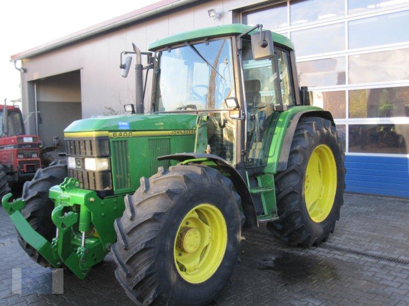 Traktor типа John Deere 6400 Premium, Gebrauchtmaschine в Lörzweiler (Фотография 1)