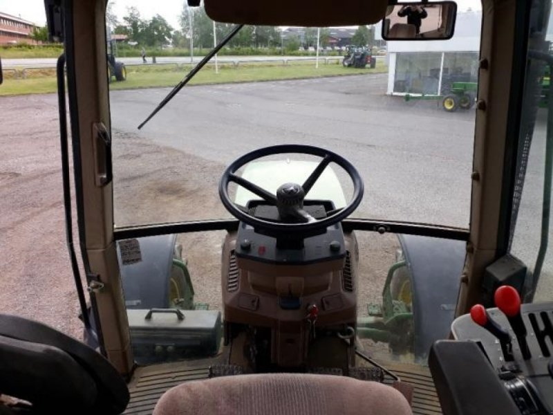 Traktor типа John Deere 6400, Gebrauchtmaschine в Næstved (Фотография 8)