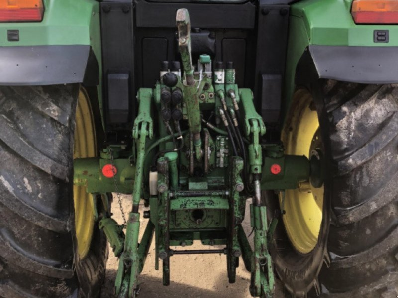 Traktor des Typs John Deere 6400, Gebrauchtmaschine in Staudach (Bild 1)