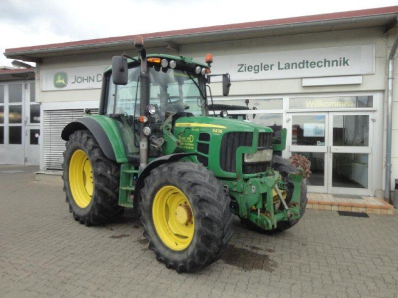 Traktor des Typs John Deere 6430 Premium, Gebrauchtmaschine in Kandern-Tannenkirch (Bild 1)