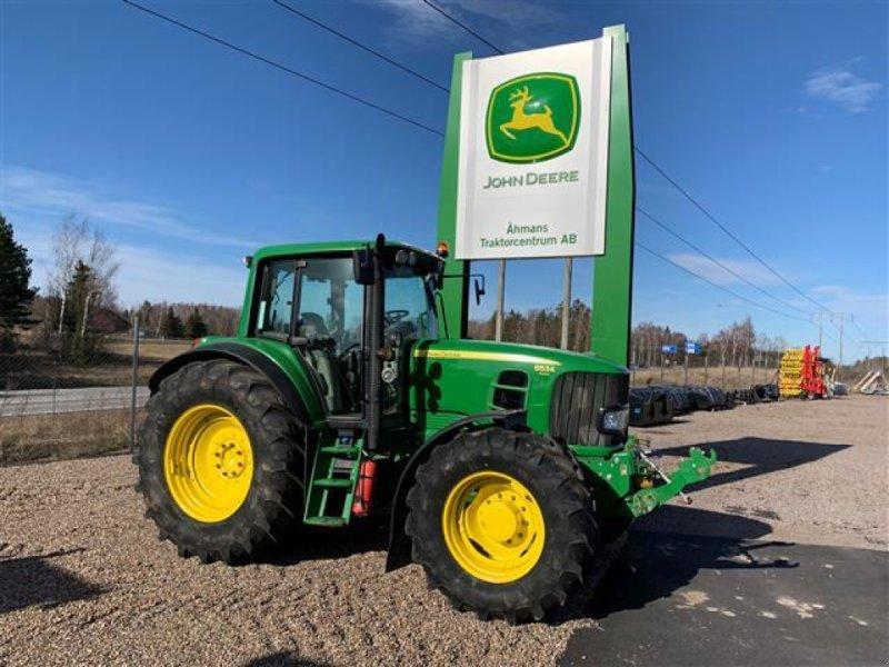 Traktor типа John Deere 6534, Gebrauchtmaschine в  (Фотография 1)