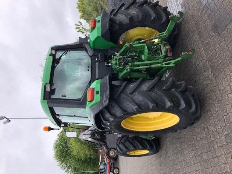 Traktor des Typs John Deere 6600 4WD, 40 KM/T, Gebrauchtmaschine in Børkop (Bild 4)