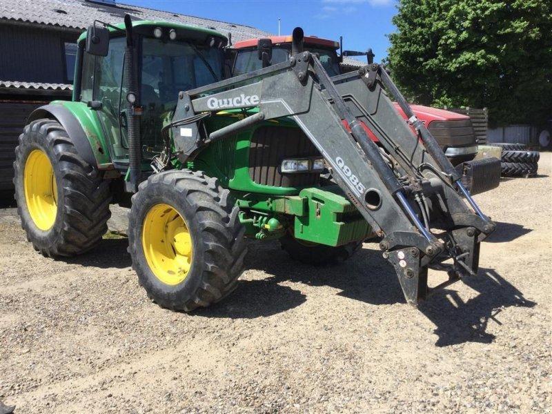 Traktor типа John Deere 6620 Auto Power Med Quicke Q985 læsser, Gebrauchtmaschine в Aulum (Фотография 1)