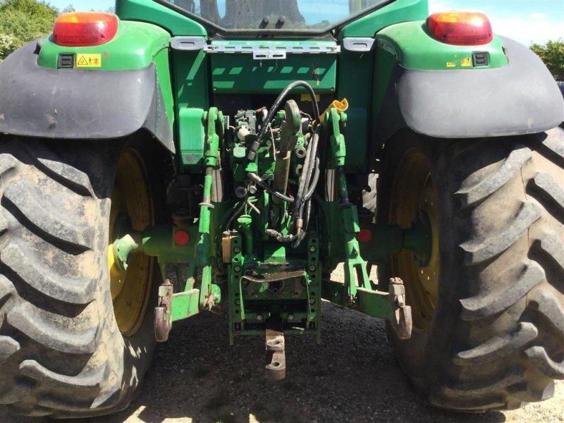 Traktor типа John Deere 6620 Auto Power Med Quicke Q985 læsser, Gebrauchtmaschine в Aulum (Фотография 2)