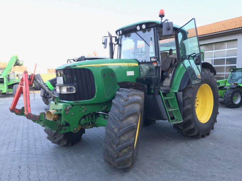 Traktor des Typs John Deere 6620 Premium, Gebrauchtmaschine in Burglengenfeld (Bild 1)