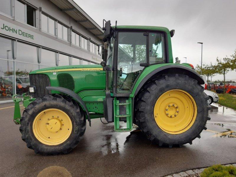 Traktor типа John Deere 6620, Gebrauchtmaschine в Lengnau (Фотография 1)