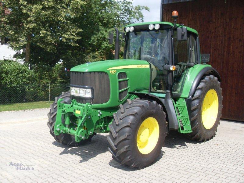 Traktor типа John Deere 6630 Premium, Gebrauchtmaschine в Moosthenning (Фотография 1)