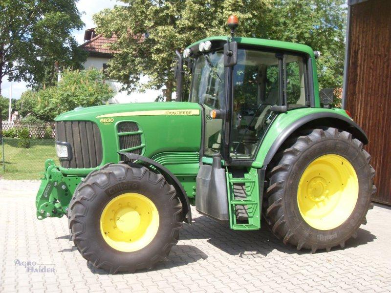 Traktor типа John Deere 6630 Premium, Gebrauchtmaschine в Moosthenning (Фотография 2)