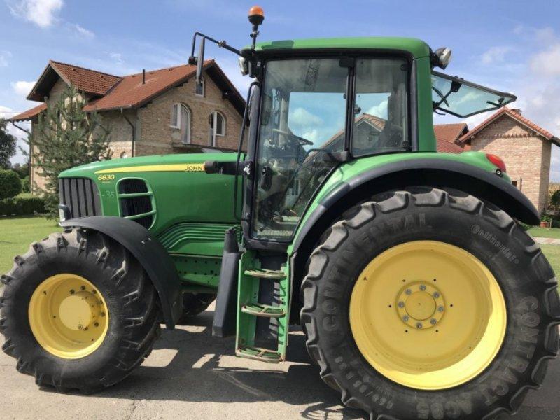Traktor tipa John Deere 6630 Premium, Gebrauchtmaschine u ŠTITAR (Slika 3)