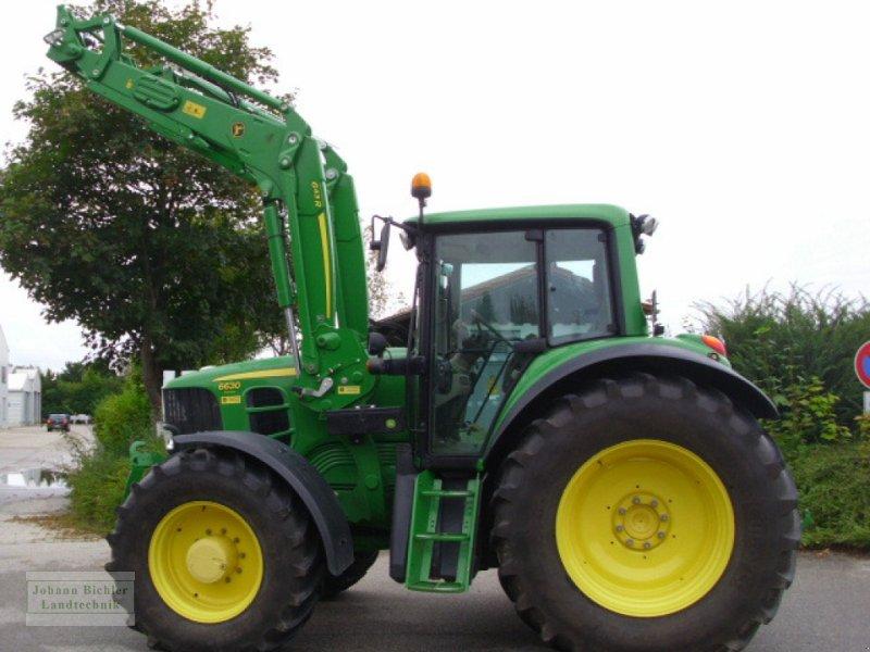 Traktor des Typs John Deere 6630 Premium, Gebrauchtmaschine in Unterneukirchen (Bild 1)
