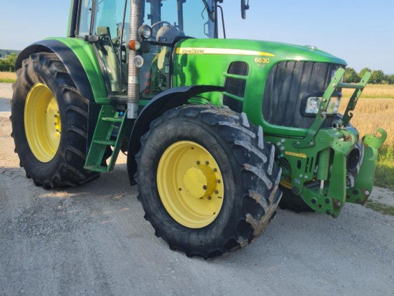 Traktor tip John Deere 6630 Premium, Gebrauchtmaschine in Höchstadt (Poză 1)