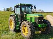 Traktor типа John Deere 6800, Gebrauchtmaschine в Langweid am Lech