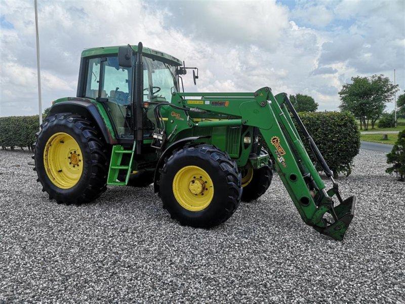 Traktor типа John Deere 6810 4wd powerquad med Frontlæsser 40km/t, Gebrauchtmaschine в Gredstedbro (Фотография 1)
