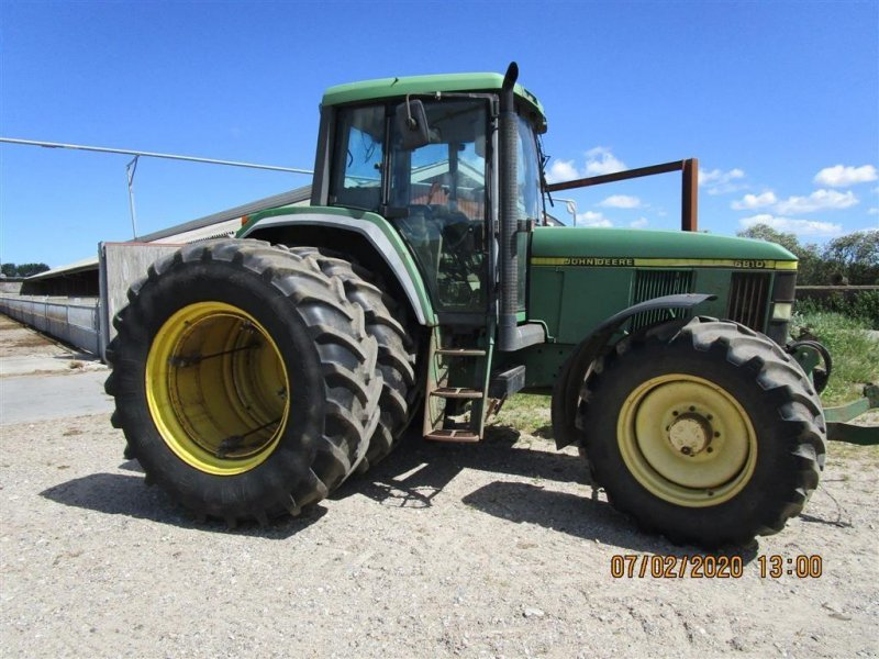 Traktor типа John Deere 6810 fra konkursbo, Gebrauchtmaschine в Herning (Фотография 1)