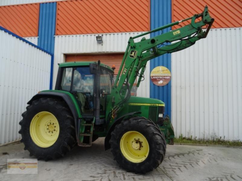 Traktor типа John Deere 6810, Gebrauchtmaschine в Böklund (Фотография 1)