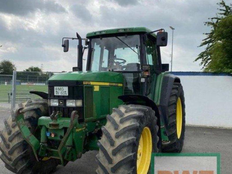 Traktor des Typs John Deere 6810, Gebrauchtmaschine in Kruft (Bild 1)