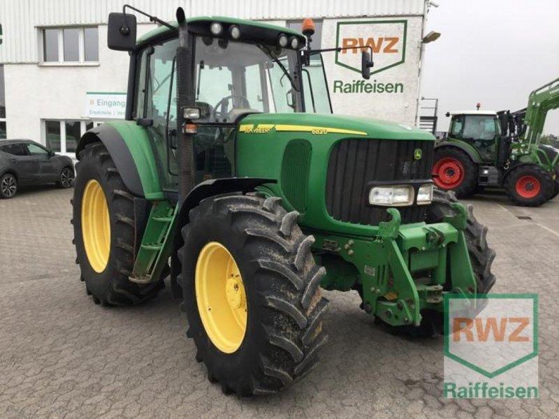 Traktor des Typs John Deere 6820, Gebrauchtmaschine in Kruft (Bild 1)