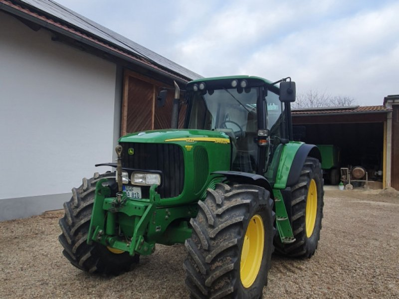 Traktor des Typs John Deere 6820, Gebrauchtmaschine in Wallersdorf (Bild 1)