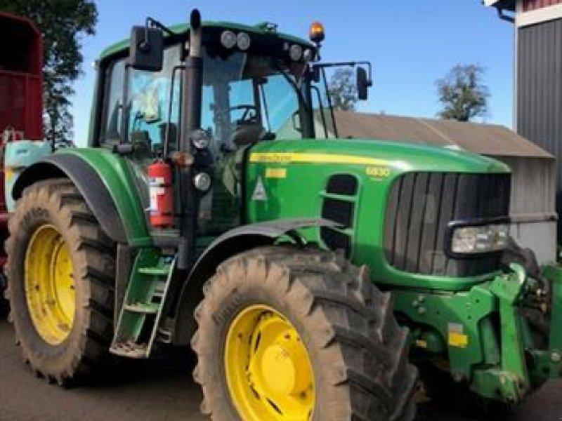 Traktor типа John Deere 6830 AP TRAKTOR FR.LYFT, Gebrauchtmaschine в  (Фотография 1)