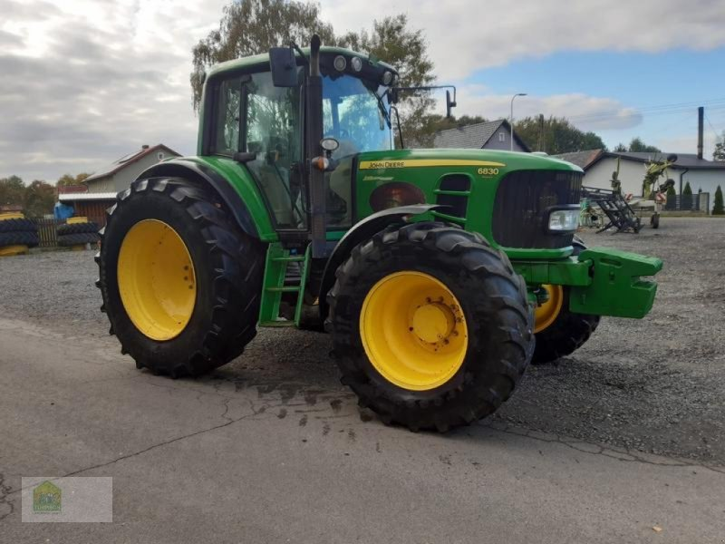 Traktor типа John Deere 6830 Premium Auto Quad, Gebrauchtmaschine в Salsitz (Фотография 1)