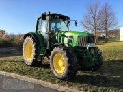 Traktor типа John Deere 6830 PREMIUM MIT FKH/ FZW, Gebrauchtmaschine в Rauschwitz