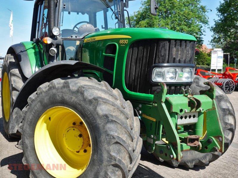 Traktor des Typs John Deere 6830 PREMIUM, Gebrauchtmaschine in Billerbeck (Bild 1)