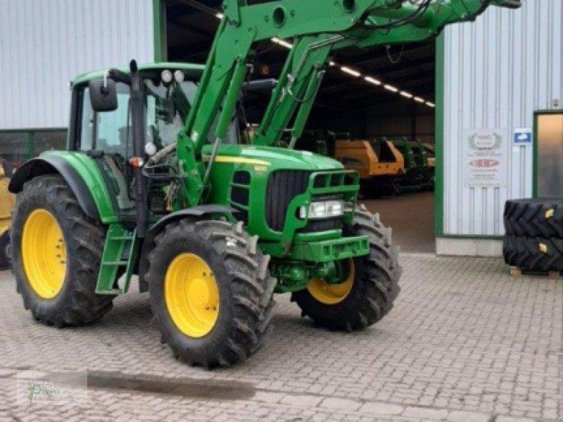 Traktor типа John Deere 6830 PREMIUM, Gebrauchtmaschine в Bad Kötzting (Фотография 1)
