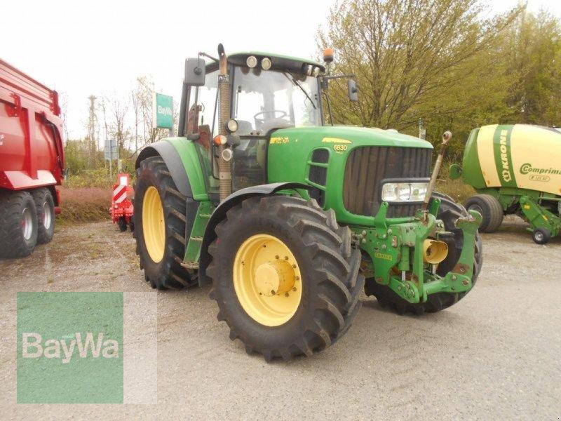 Traktor des Typs John Deere 6830 PREMIUM, Gebrauchtmaschine in Mindelheim (Bild 5)