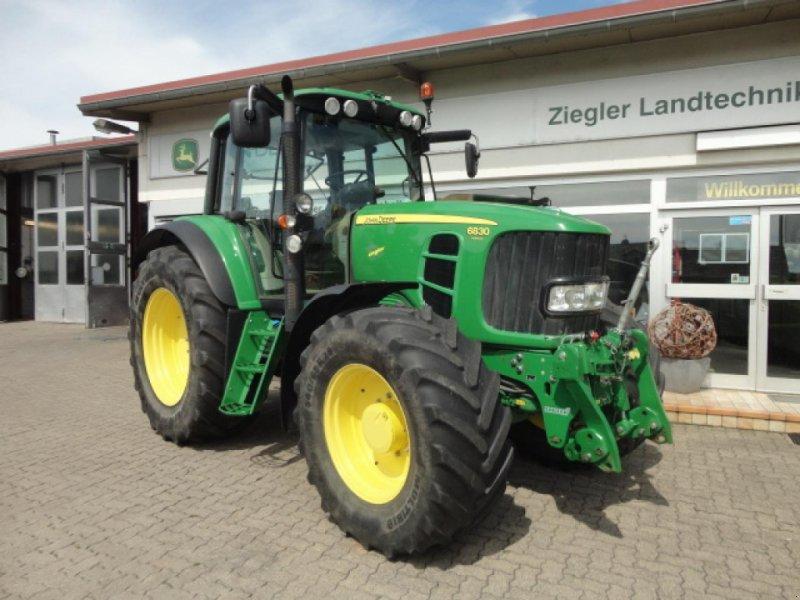 Traktor типа John Deere 6830, Gebrauchtmaschine в Kandern-Tannenkirch (Фотография 1)