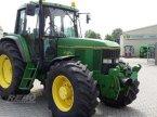 Traktor des Typs John Deere 6900 in Aurich