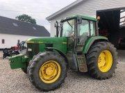 John Deere 6910 Трактор