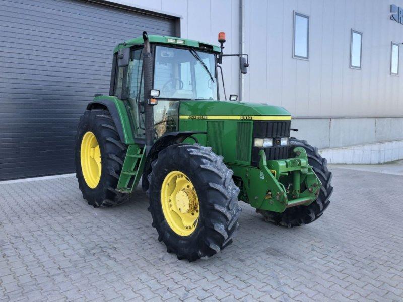 Traktor типа John Deere 6910, Gebrauchtmaschine в Beek en Donk (Фотография 1)