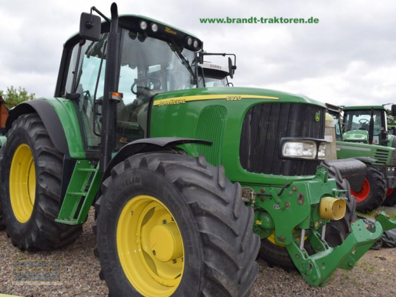 Traktor des Typs John Deere 6920, Gebrauchtmaschine in Bremen (Bild 1)
